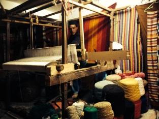 Making a blanket on a loom