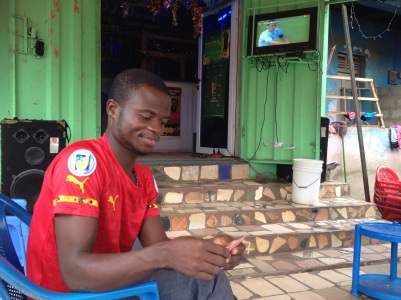 Another spot for watching the games, in Santasi.